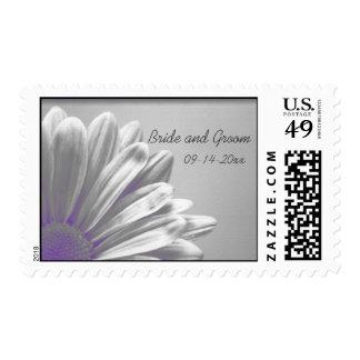Puntos culminantes florales púrpuras que casan el estampillas