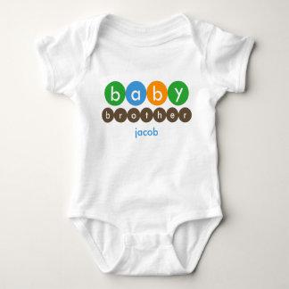 Puntos de Brother del bebé personalizados Camisas