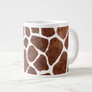 Puntos de la jirafa taza de café grande