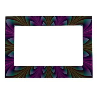 Puntos de la lanza en púrpura y verde marcos magneticos para fotos