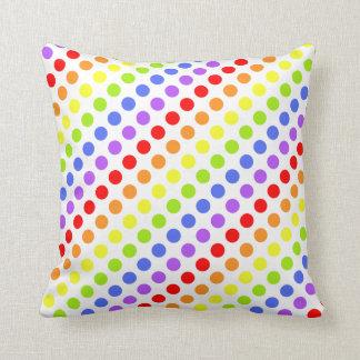Puntos del arco iris almohadas