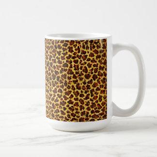 Puntos del leopardo de la mirada de la pintura al taza clásica
