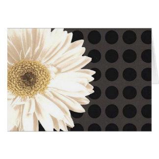 Puntos del negro de la flor blanca tarjeta de felicitación