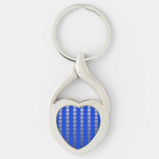 Puntos del satén - azul de cobalto y estaño llavero plateado en forma de corazón