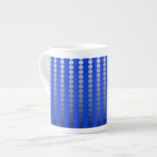 Puntos del satén - azul de cobalto y estaño taza de porcelana