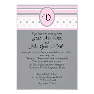 Puntos e invitación rosados y grises de las rayas