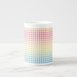 Puntos en colores pastel del arco iris taza de china