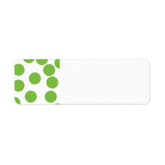Puntos grandes del verde de guisante en blanco etiquetas de remite