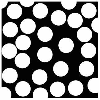 Puntos grandes en blanco y negro. pin fotoescultura