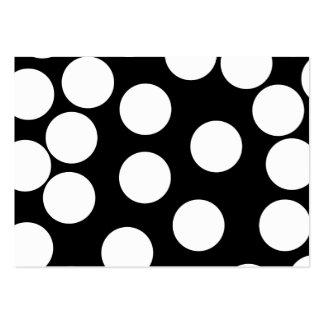 Puntos grandes en blanco y negro. tarjeta de visita