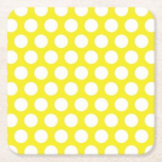 Puntos grandes en diseño amarillo posavasos personalizable cuadrado