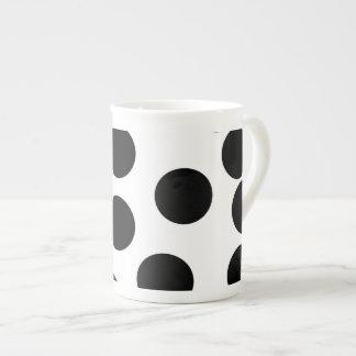 Puntos grandes. Modelo blanco y negro Taza De Porcelana