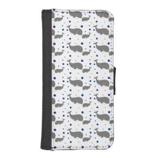 Puntos lindos del azul de las ballenas grises funda tipo cartera para iPhone 5