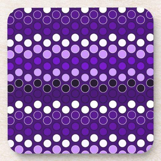 Puntos púrpuras posavasos de bebida