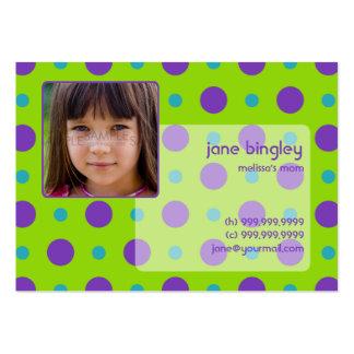 """Puntos retros"" verdes y tarjeta de visita púrpura"