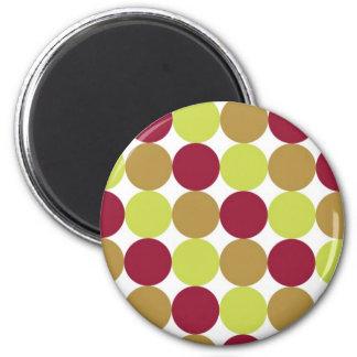 Puntos rojo marrón y verdes imán redondo 5 cm