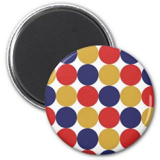 Puntos rojos y azules amarillos imán redondo 5 cm