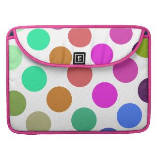 Puntos rosados y azules grandes fundas macbook pro