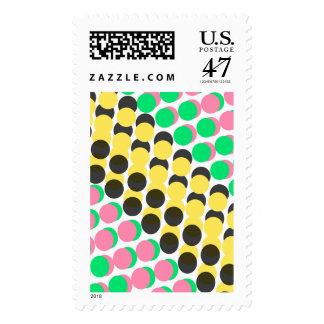 Puntos sobrepuestos sello postal