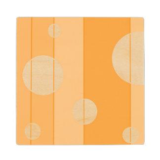 Puntos y rayas en amarillo-naranja posavasos de madera