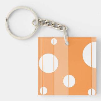 Puntos y rayas en naranja llavero cuadrado acrílico a doble cara