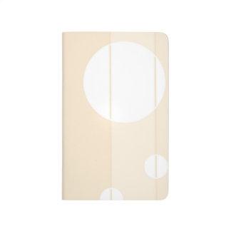 Puntos y rayas en vainilla cuadernos grapados