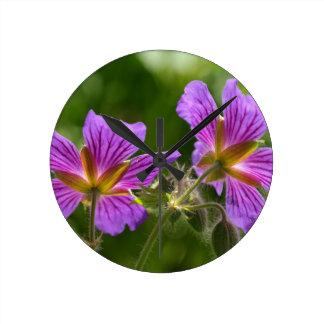 PUR-polarize Flower Round Clocks