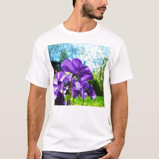purp flowers T-Shirt