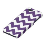 Purple and White Chevron Pattern iPhone 5/5S Cover