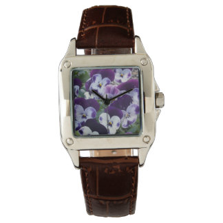 Purple_And_White_Pansy_Ladies_White_Sports_Watch. Relojes De Mano