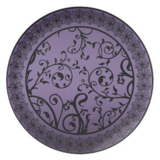 Purple Blend Leaf Scroll Pattern Plate