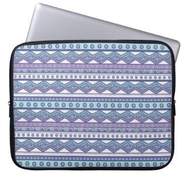 "Aztec Themed Purple Blue aztec Stylish Modern Laptop Sleeve 15"""
