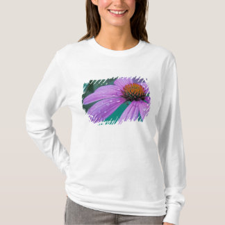 Purple Cone flower with water drops T-Shirt