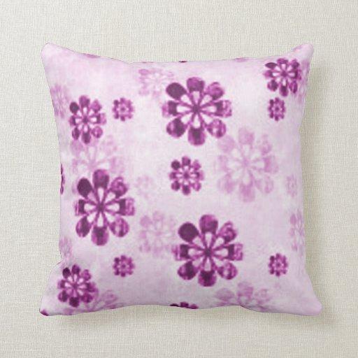 Purple Daisy Floral Grunge Throw Pillow