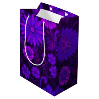 Purple Daisy Retro Print Medium Gift Bag