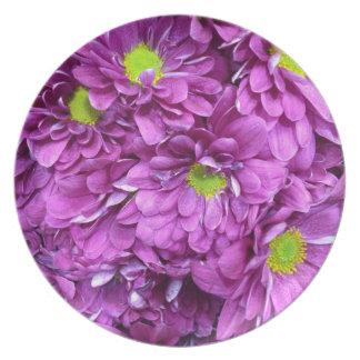 Purple flowers plate