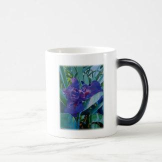 Purple Iris 11 Oz Magic Heat Color-Changing Coffee Mug