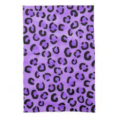 Purple Leopard Print Pattern. Hand Towel