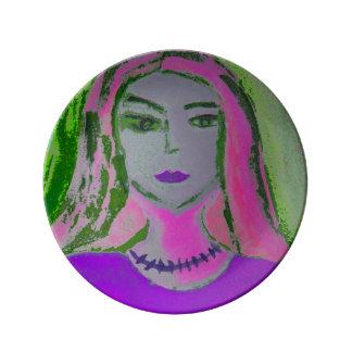 Purple Mrs. 21.6 cm of decorative porcelain plates