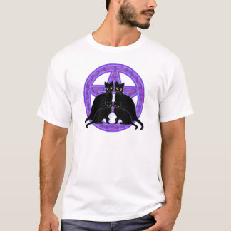 purple pentagram black cats protection wicca pagan T-Shirt