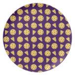 Purple pizza pattern party plates