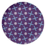 Purple skis and snowflakes pattern plates