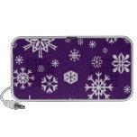Purple snowflakes pattern travelling speaker