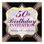 Púrpura+50.as celebraciones del cumpleaños del oro invitación 13,3 cm x 13,3cm