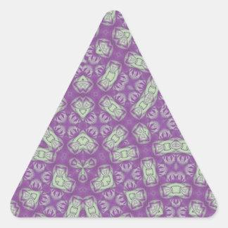 Púrpura abstracta del modelo pegatina triangular