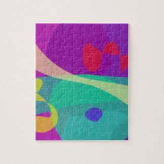 Púrpura abstracto feliz y verde brillantes
