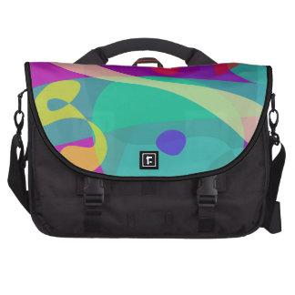Púrpura abstracto feliz y verde brillantes bolsa para ordenador
