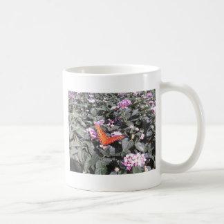 púrpura anaranjada taza de café