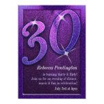Púrpura brillante 30 e invitaciones coquetas del invitación 11,4 x 15,8 cm