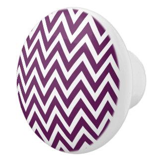 Púrpura Chevron del ciruelo Pomo De Cerámica